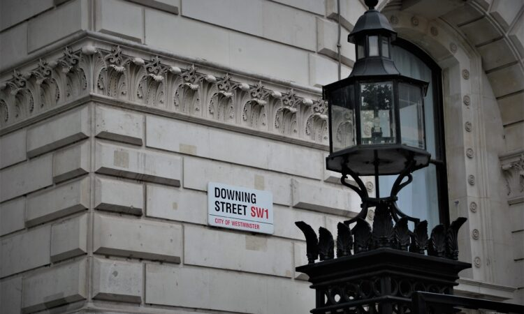 Public sector marketing: How difficult is it to reach decision makers?